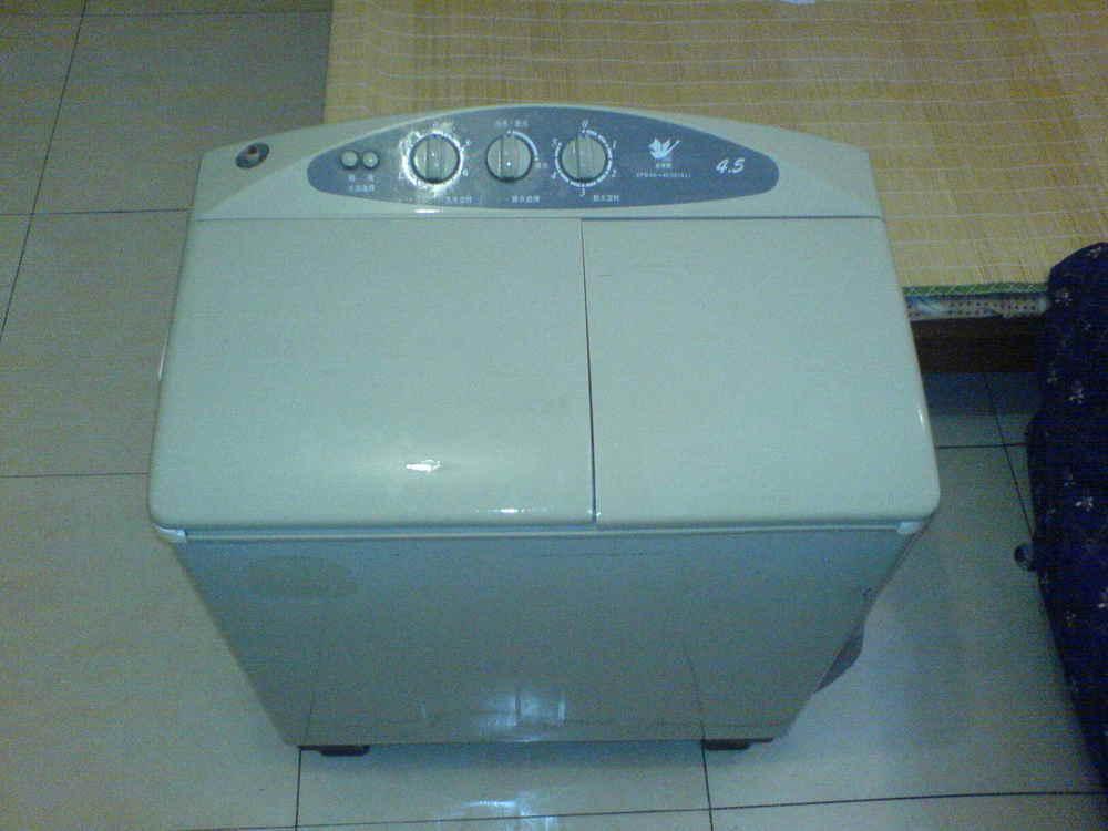 转让小天鹅5kg半自动洗衣机