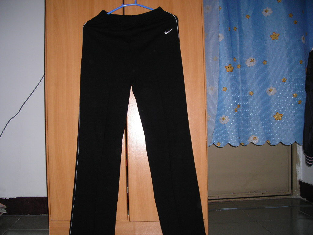 nike+运动裤