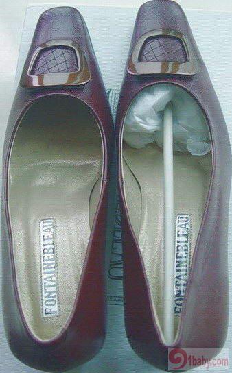 枫丹白露羊皮中跟棕色皮鞋