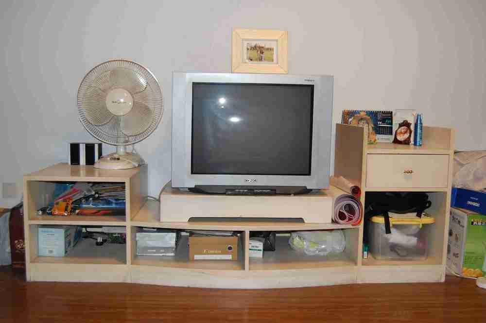 电视柜.装修房子时木工师傅自作