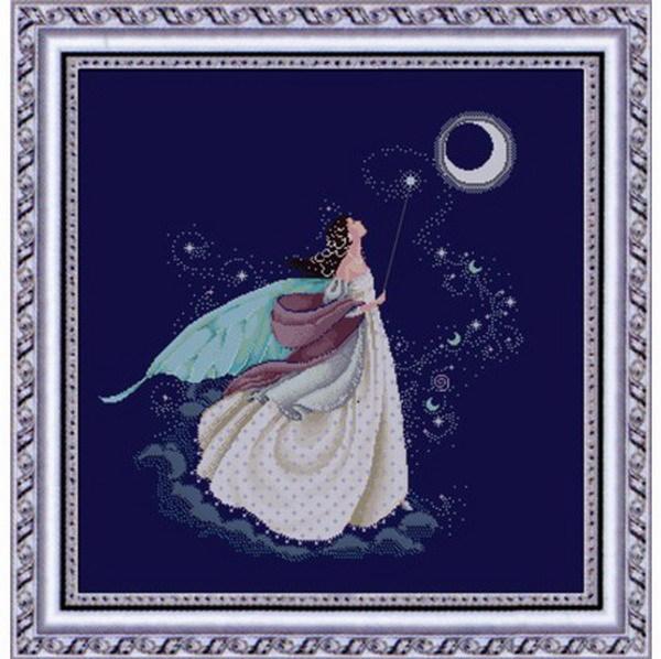 十字绣成品奶罩美女露美女望月图片