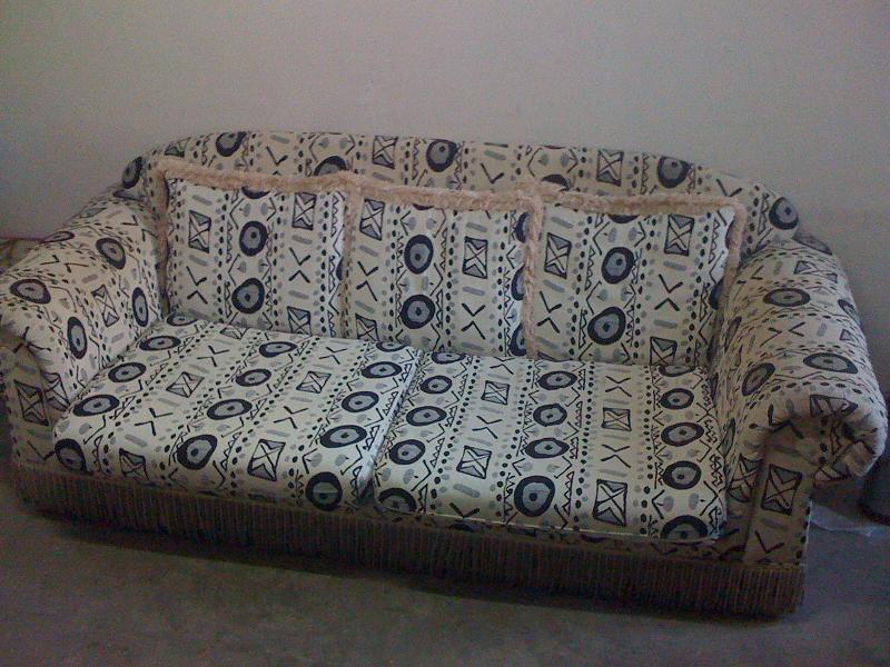 7成新双人布艺沙发,全套靠垫