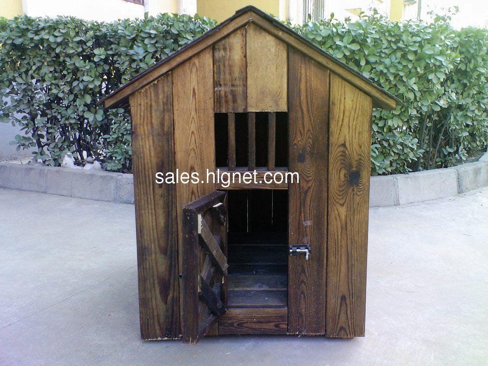碳化木(防腐木的一种,比防腐木好)小狗窝