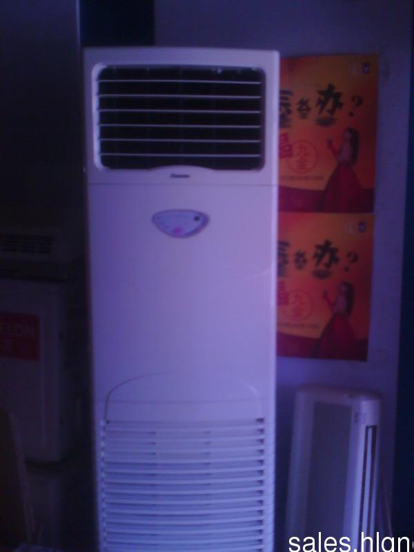 科龙两匹柜机空调转让,日立挂机一匹空调装让