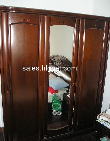实木大衣柜,三开门,9成新